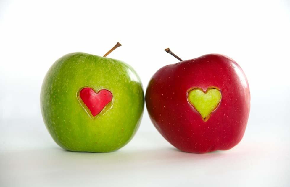 Due mele. Una storia sulgiudizio